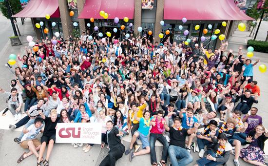 CSLIの生徒の皆さん集合写真